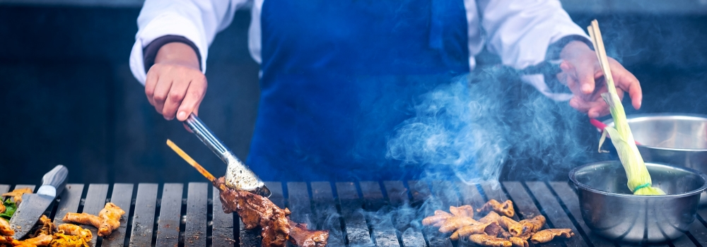 Barbecue o grigliata? Ecco le attrezzature e le differenze tecniche