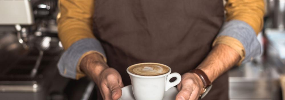 Gli italiani desiderano il caffè al bar