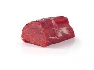 Filetto di bovino adulto  prov. europa sottovuoto kg 3 al kg