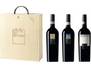 Feudi di san gregorio cassetta in legno 3 bottiglie:  - greco di tufo docg cl 75 - falanghina doc cl 75 - taurasi  docg cl 75